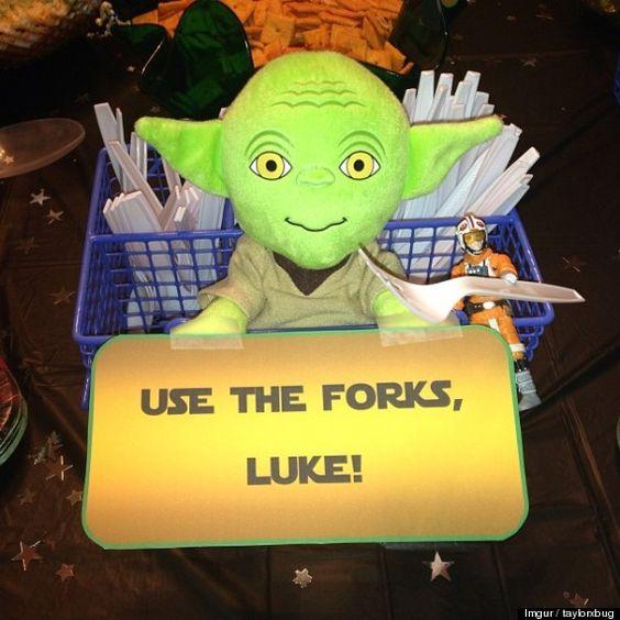 Star Wars - Yoda Party Decoration